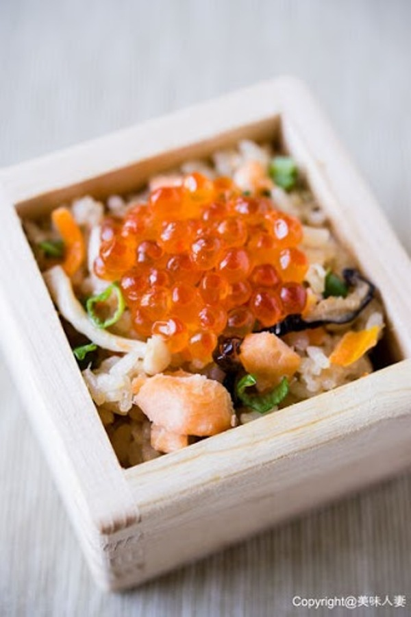 親子鮭魚炊飯