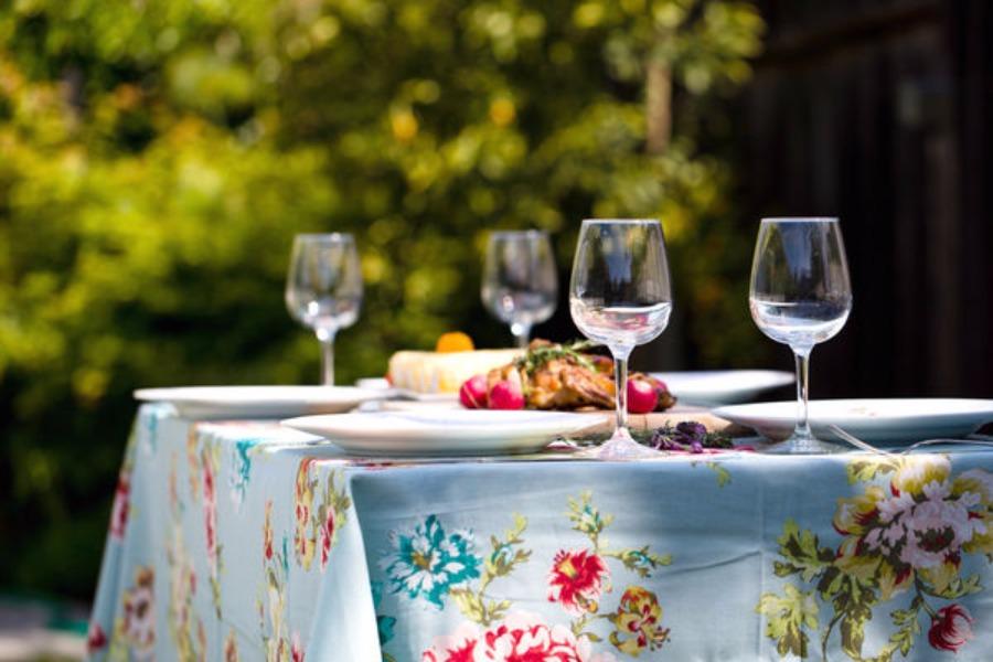 戶外餐具準備