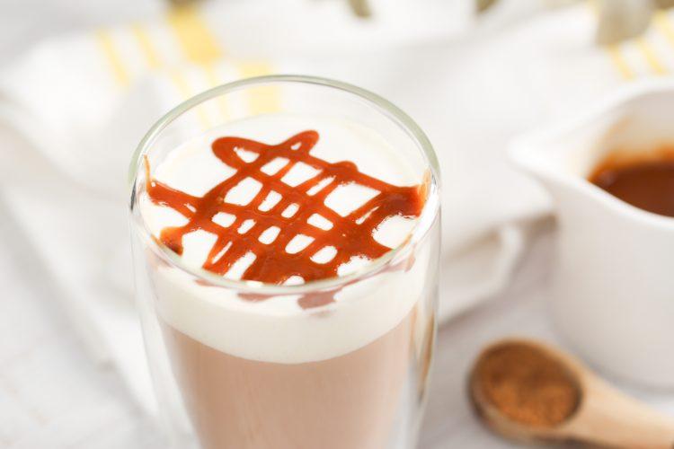 焦糖奶茶,麥當勞,奶油,奶茶,焦糖,
