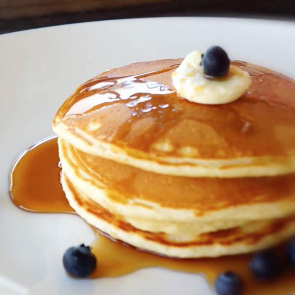 【琳達的廚房筆記】鑄鐵鍋做美式鬆餅Pancake