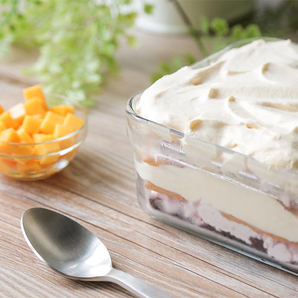 做蛋糕竟然不用烤箱!用孔雀餅乾做出超美味【冰盒蛋糕】