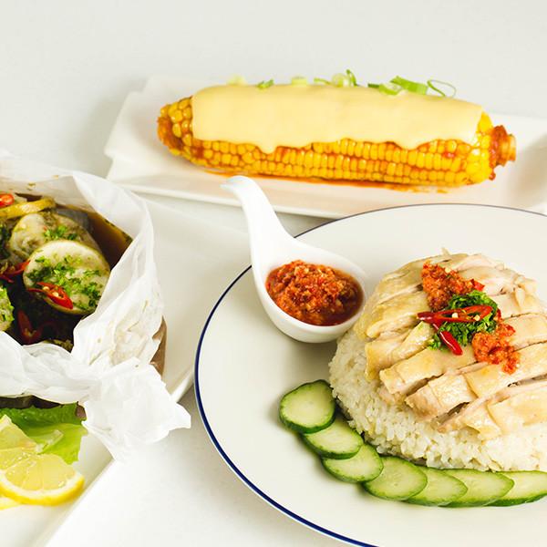 電鍋出任務!一次做好【海南雞飯】【檸檬紙包魚】【奶油玉米】