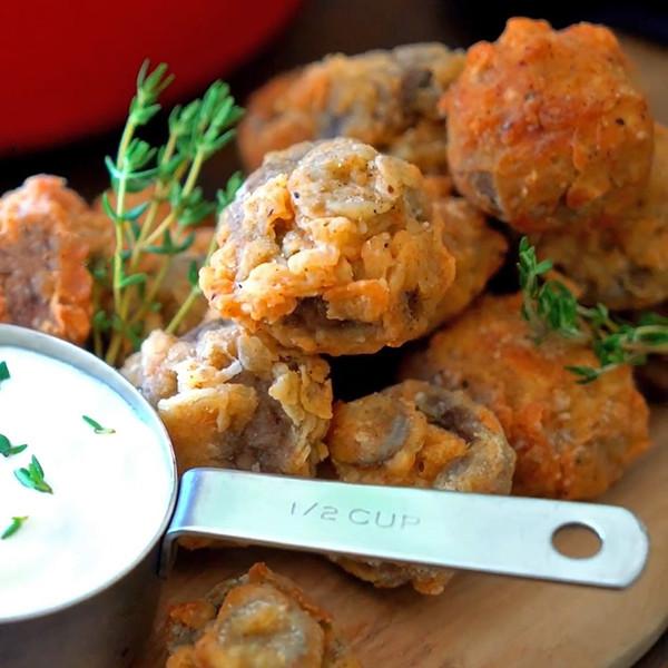 【我的C家廚房!Bon Appétit】美式餐廳開胃菜~脆炸蘑菇