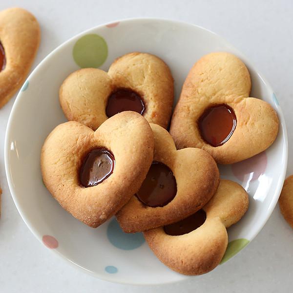 小朋友都會做的簡單烘焙!鬆餅粉【玻璃餅乾】