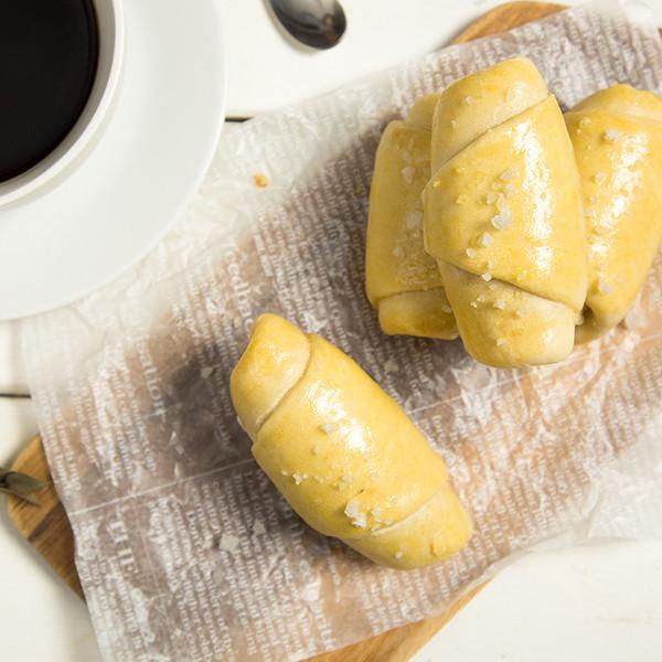 早餐好食光~新手必學的【15分鐘免揉豆腐鹽可頌】