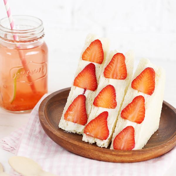 野餐必打卡人氣甜點【鮮奶油水果三明治】