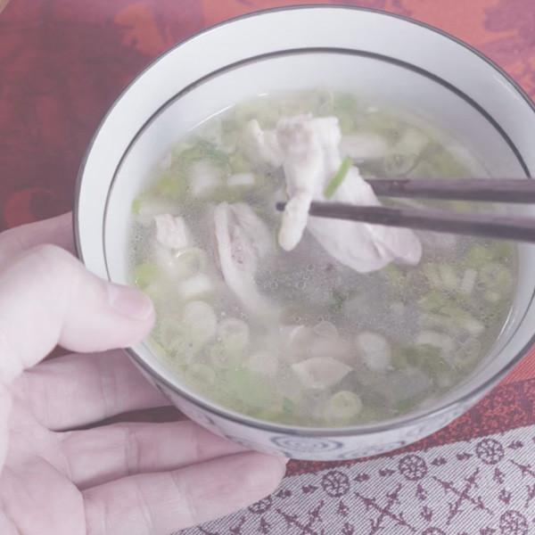 【家政煮廚金基師】驅寒暖心~蔥油雞湯