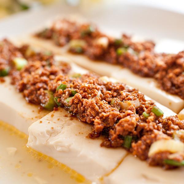 5分鐘超簡單年菜──黃金萬兩蒸豆腐(素食)
