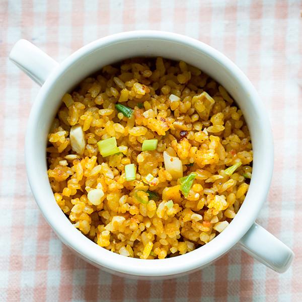 清冰箱私房快速料理──XO醬鹹蛋南瓜炒飯