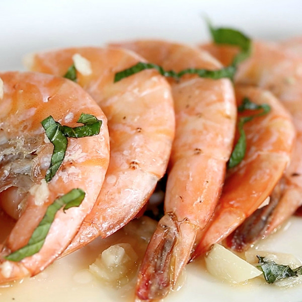 戶外烤肉派對也能享受五星級海鮮大餐【奶油啤酒蝦】