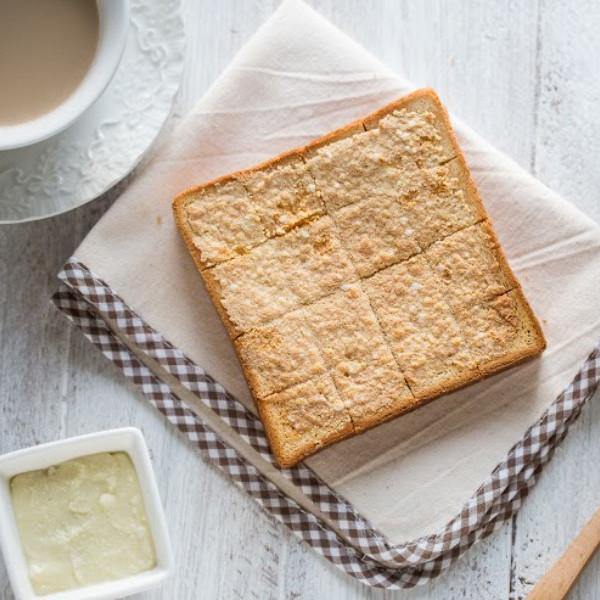 幸福下午茶!DIY【椰油奶酥醬】&【椰香奶酥厚片土司】