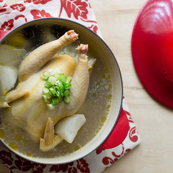 新年餐桌少不了的吉祥年菜【山藥紅棗糯米雞湯】