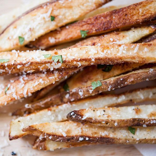 絕對比麥當勞薯條還好吃的低卡薯條 【帕馬森香蒜薯條】
