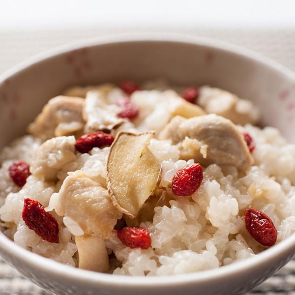 低脂養生料理──飄香麻油雞酒飯
