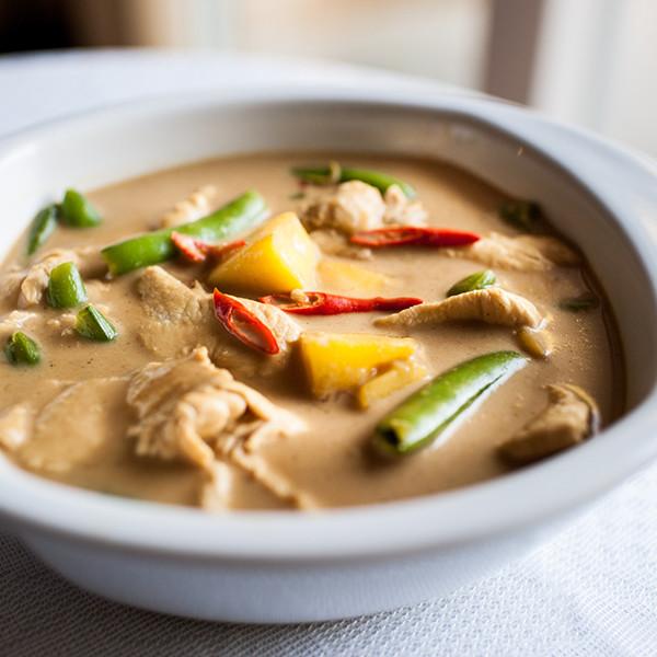 夏日開胃料理──芒果椰奶咖哩雞