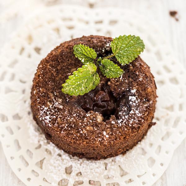 不用蛋也能做的情人蛋糕:果醬巧克力岩漿蛋糕(聖桃園果醬食譜設計)