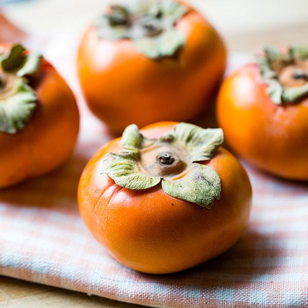 如何挑好吃的柿子呢?好柿子挑選三原則