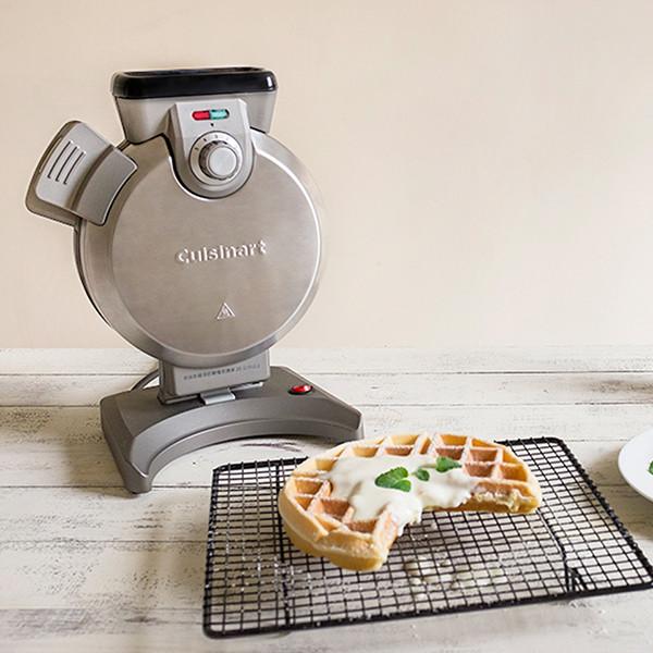 【好物分享】站著也能烤!超神奇直立式鬆餅機
