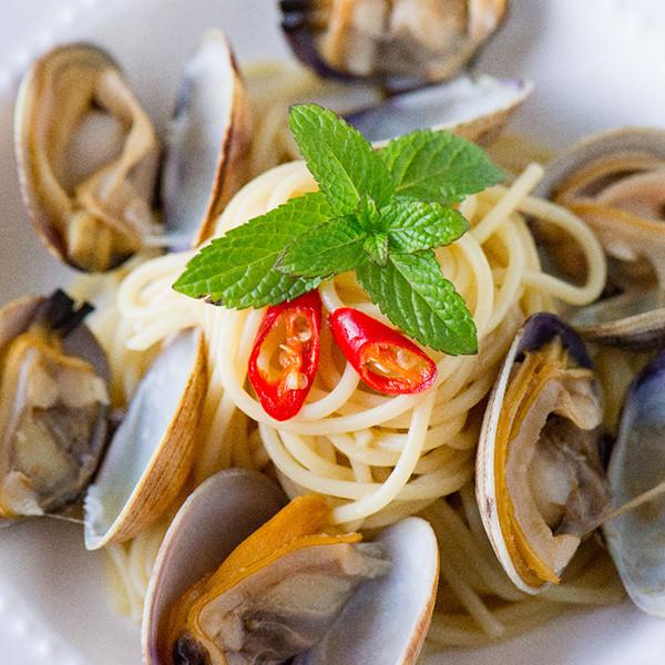 清涼辛香開胃料理─香辣薄荷蛤蠣義大利麵