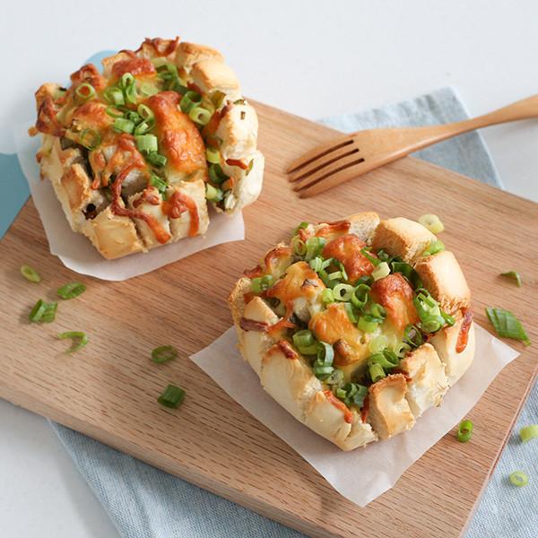 10分鐘華麗變身──酥烤起司蔥花饅頭