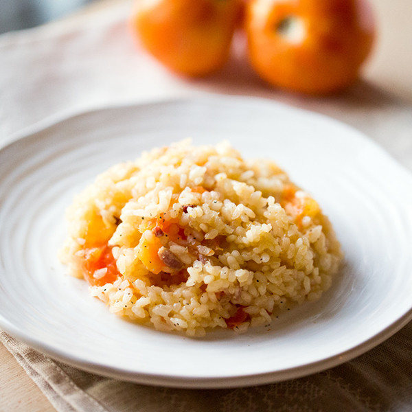 超夯【整顆番茄飯】進階版──奶油培根番茄飯