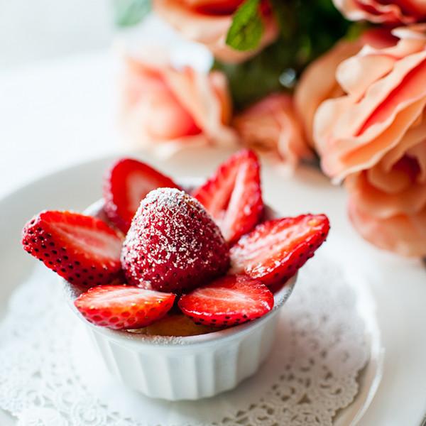 冬季戀歌限定甜點──迷你草莓乳酪蛋糕