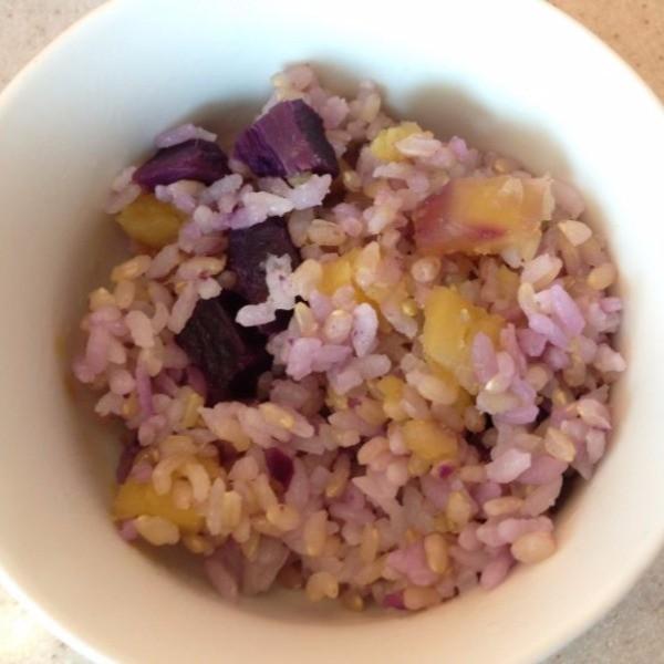 【珍妮絲營養書】雙色地瓜糙米飯