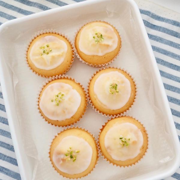 夏季最愛超級清爽不膩的【檸檬磅蛋糕】~