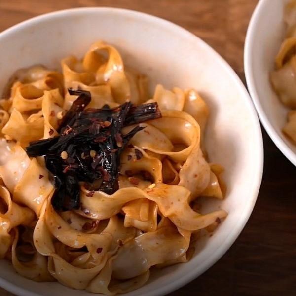 【點Cook Guide】Q彈有勁刀削麵~蔥油拌麵 椒麻拌麵