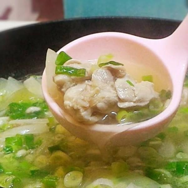 【蘋果愛料理】熱熱喝好療癒~洋蔥雞湯