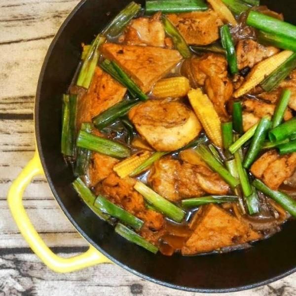 【蘋果愛料理】台味最下飯~豆豉燒雞豆腐煲