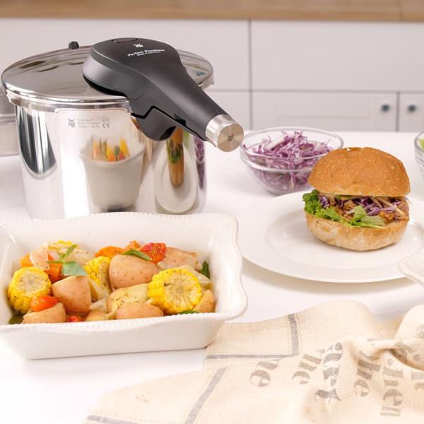 【美式手撕豬肉】 【酒醋香料燉蔬菜】一鍋兩菜華麗上桌!