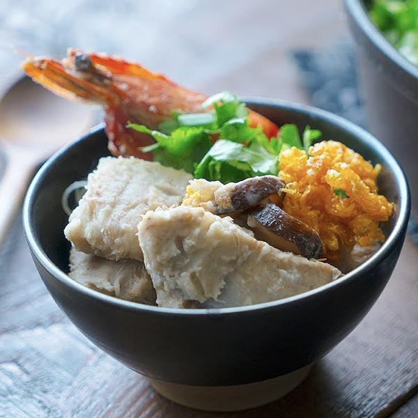 【我的C家廚房!Bon Appétit】古早味芋頭排骨米粉