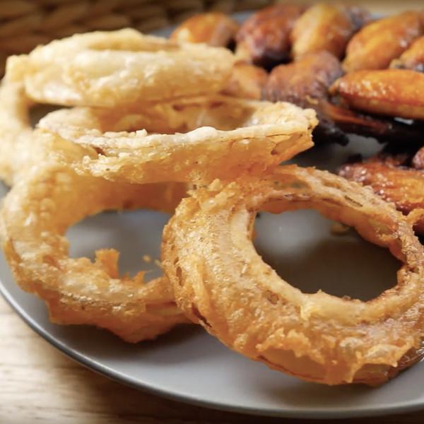 【好餓廚房】美式餐廳必點開胃菜~酥炸洋蔥圈