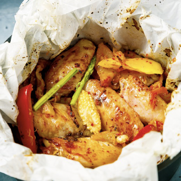 下酒菜也能減醣!用氣炸鍋15分鐘做出【韓式泡菜紙包雞】、【檸檬椒鹽骰子牛肉串】