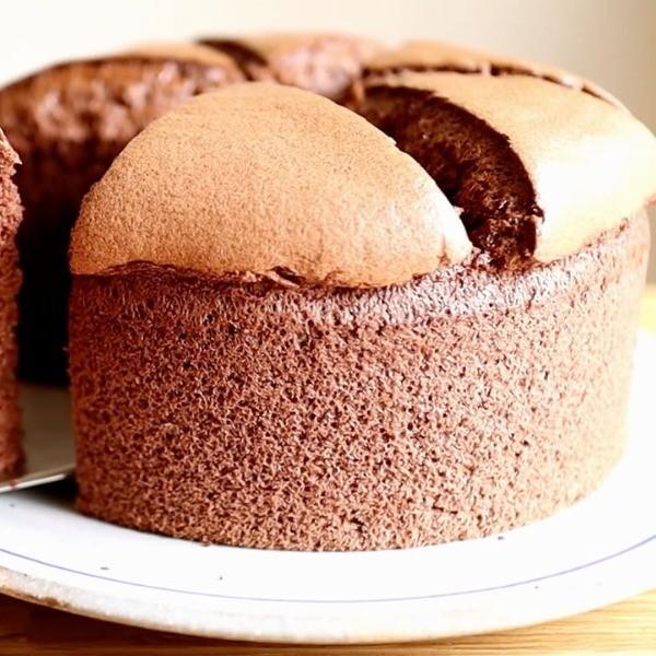 【波波小姐的廚房】少油減糖好輕盈~可可戚風蛋糕