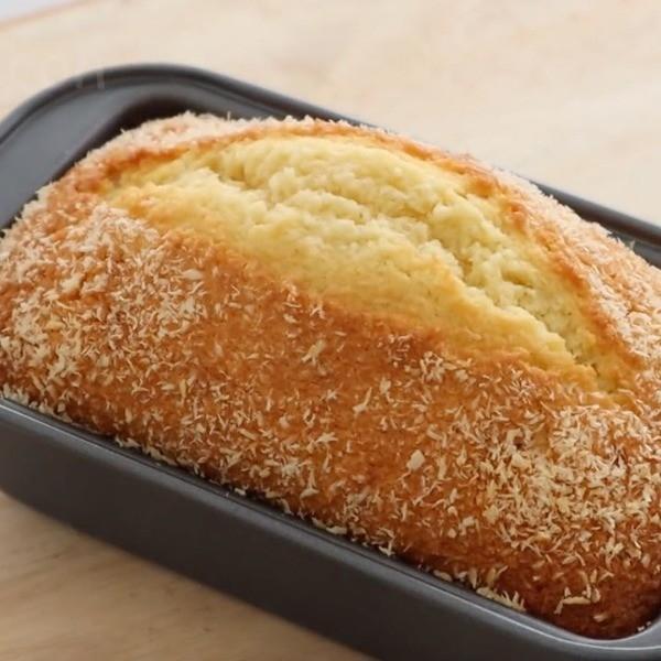 【Apron】回憶中的香甜古早味~椰絲奶油蛋糕