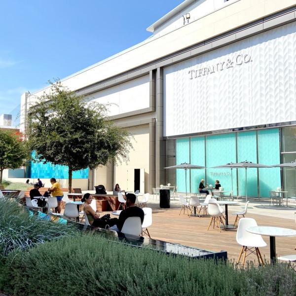 矽谷的Valley Fair疫情之後已重新開幕,新擴建的區域也正式啟用