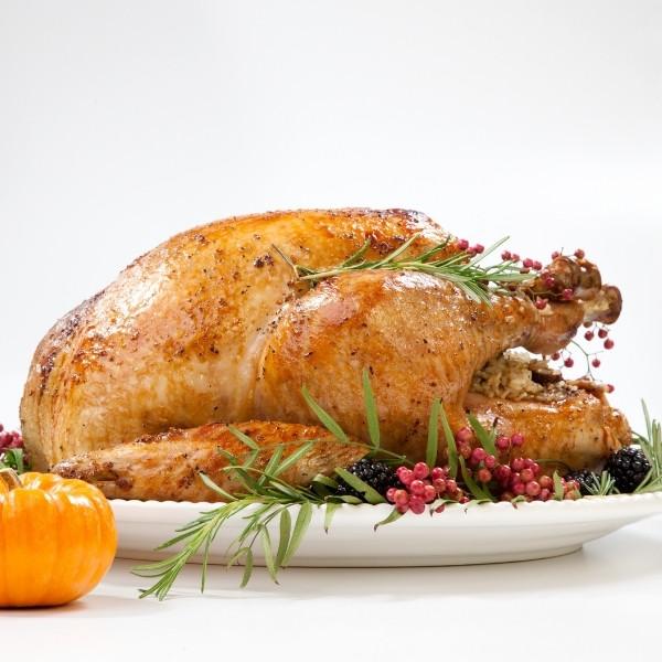 最完整【感恩節烤火雞大全】皮酥肉嫩多汁 | 解凍、醃火雞、烘烤時間秘訣公開