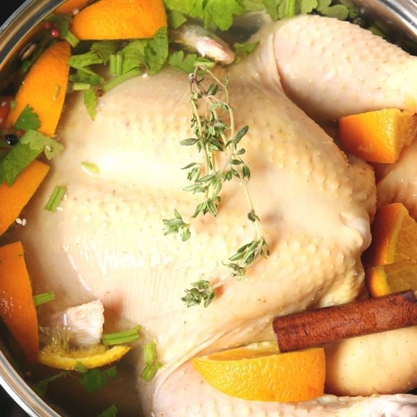 最完整【感恩節烤火雞大全】皮酥肉嫩多汁 | 2 種方法醃火雞,絕對 Juicy 秘訣