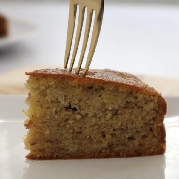 【Apron】綿密細緻的香甜滋味~香蕉奶油蛋糕